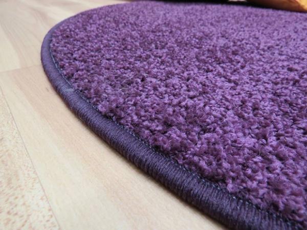 bodenfachmarkt d sseldorf preiswerter shaggy teppich in rund gekettelt. Black Bedroom Furniture Sets. Home Design Ideas
